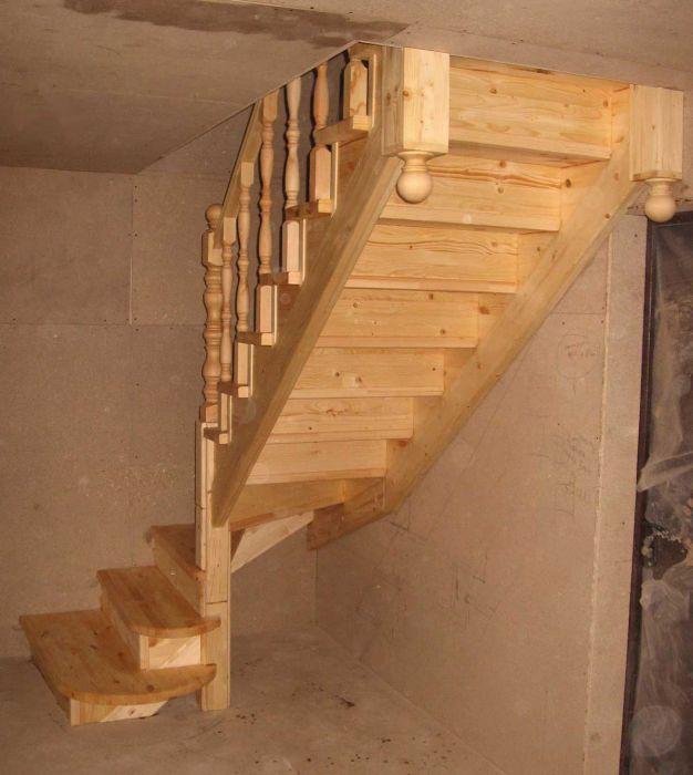 Лестница в мансарду с поворотом на 90 своими руками